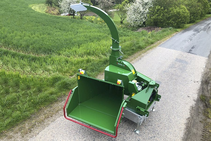 NHS 220v woodchipper